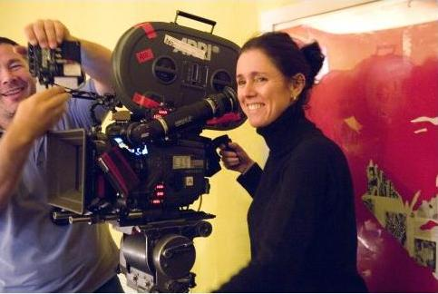 Julie Taymor directing a film