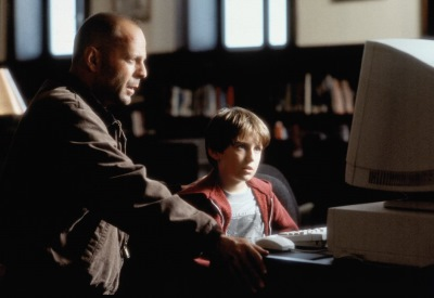IMAGE- Art Jeffries (Bruce Willis) and Simon Lynch (Miko Hughes), 'Mercury Rising' (1998)